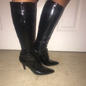 Super Sexy knee high PATENT LEATHER boots